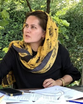 Mesajul unicei femei din Afganistan care detine un doctorat in cinematografie (VIDEO)