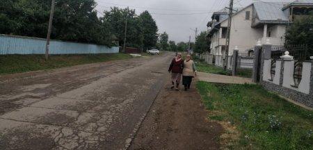 Comuna in care satenii fug de vaccinare ca dracul de tamaie. Motivele incredibile pentru care nu se imunizeaza