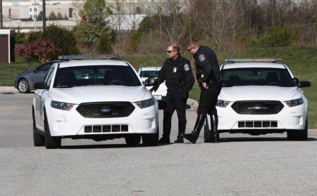 Doua femei au fost impuscate mortal intr-o fabrica de automobile din SUA