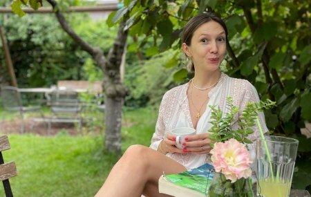 Adela Popescu, interventie estetica la nivelul fetei. Cum arata vedeta acum. Incerc pentru prima data. Va tin la curent