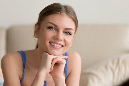 (P) In cazul unui implant dentar, pretul face diferenta? Vezi raspunsul specialistilor!