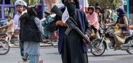 Viata cu talibanii: Ce relateaza jurnalistii straini aflati la Kabul
