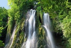Cum a devenit Cascada Clocota noua atractie in Romania dupa prabusirea cascadei Bigar