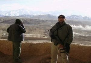 Un senator USR PLUS a fost <span style='background:#EDF514'>BODYGUARD</span> in Afganistan! Sunt oameni extrem de ospitalieri