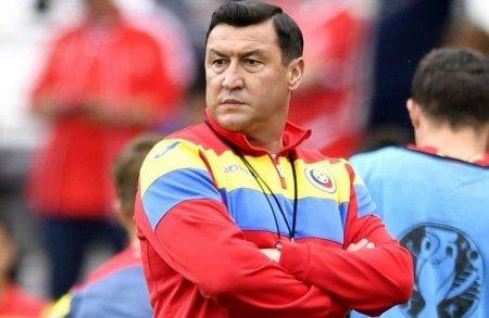 <span style='background:#EDF514'>VIOREL MOLDOVAN</span>, reactie acida la adresa fotbalului romanesc: Cine suntem noi in momentul de fata?