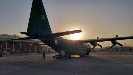 Alti 14 cetateni romani au ajuns la Aeroportul din Kabul si asteapta sa fie evacuati cu avionul militar trimis de MApN