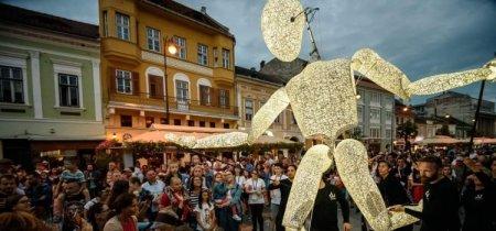 Azi incepe <span style='background:#EDF514'>FESTIVALUL INTERNATIONAL DE TEATRU</span> de la Sibiu