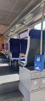 Pasagerii CFR Calatori vor avea posibilitatea, din 23 august, de a plati biletele pe ruta Gara de Nord-Aeroport Henri Coanda direct in tren, cu cardul bancar