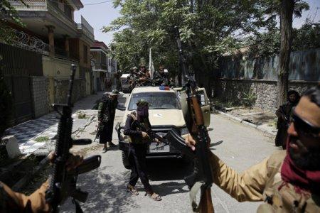 Un civil german a fost impuscat in Kabul. Germania trimite elicoptere militare