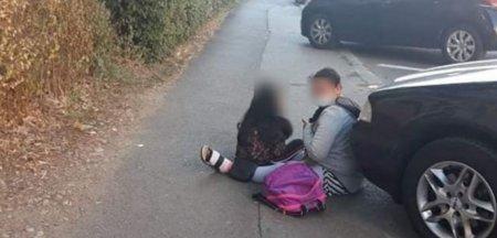 O femeie din Mures, prinsa in timp ce cersea cu fetita de noua ani pe strazile din Targu Jiu