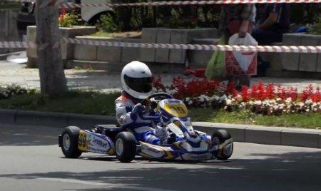 <span style='background:#EDF514'>SUPERCUPA ROMANIEI</span> la Karting electric are loc in weekend, la Bucuresti. Un sector de pe Calea Victoriei va fi inchis
