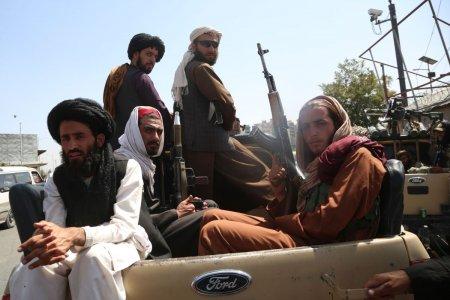 As putea fi omorat pe loc. Ce inseamna pentru persoanele LGBT din Afganistan preluarea puterii de catre talibani