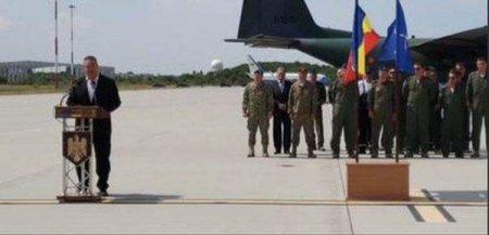 Cei 15 cetateni romani si patru bulgari repatriati din Afganistan au sosit in Romania