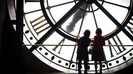 Horoscop 22 august 2021. Obstacole pentru Gemeni, la <span style='background:#EDF514'>SAGETATOR</span>i totul merge ceas