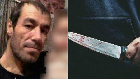 Un barbat din Vaslui a intrat in curtea unui vecin, l-a omorat, apoi a ascultat muzica langa mort pana a venit Politia
