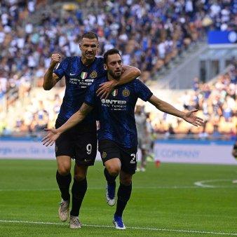 Inter Milano incepe in forta noul sezon din Serie A. <span style='background:#EDF514'>CHIRIC</span>hes, 90 de minute pentru Sassuolo