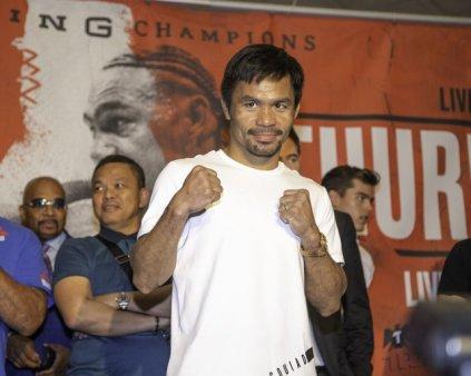 Marele <span style='background:#EDF514'>BOXE</span>r Manny Pacquiao a fost invins la revenirea in ring si se gandeste la retragere