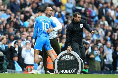 Mesagerul Pep » Cum a ajuns Guardiola sa transmita un bilet intre un fan al lui City si noul transfer, Jack Grealish