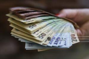 Esalonari la plata in forma simplificata pentru 58.000 de contribuabili. Cine beneficiaza