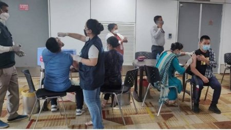 India vaccineaza repatriatii din Afganistan, chiar pe Aeroportul International din Delhi, cu un ser impotriva poliomi<span style='background:#EDF514'>ELITE</span>i