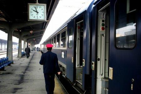 Biletele de tren vor putea fi cumparate si cu cardul