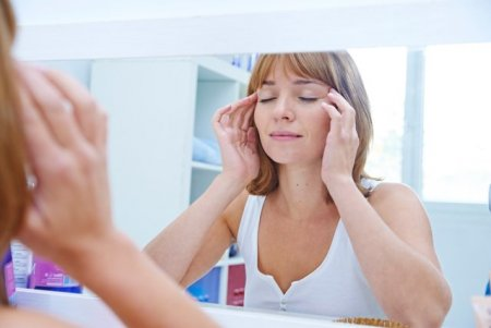 Masajul facial poate avea beneficii, dar nu si pentru pielea sensibila. Ce spun specialistii