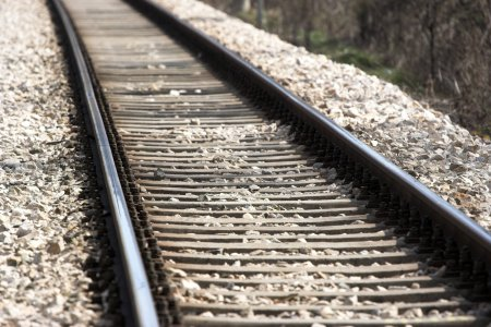 Locomotiva unui tren de pasageri a luat foc. 30 de persoane se aflau in el