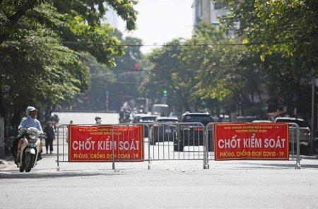 Carantina stricta impusa in Vietnam cu ajutorul armatei: Este interzisa iesirea pentru aprovizonarea cu alimente