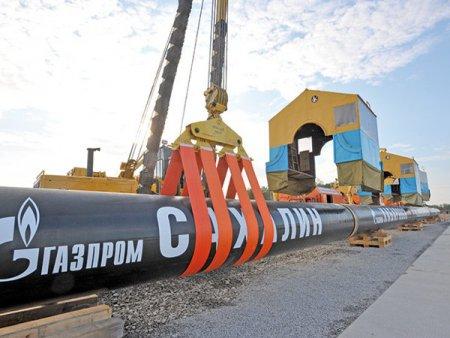 Intr-o tara unde proiectul de gaze din Marea Neagra este blocat de peste doi ani, Romania a ajuns cel mai mare client extern al Gazprom: Importurile de la rusi au crescut de peste patru ori in primele sapte luni din 2021. Problema este ca si depozitele interne de gaze sunt goale, iar pe plan extern se vorbeste de o criza in iarna