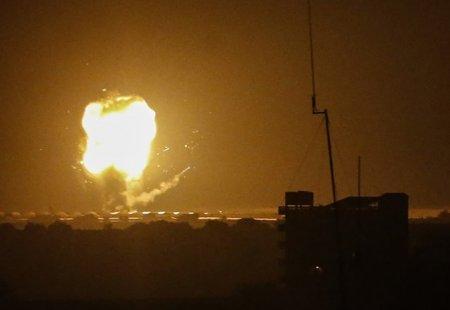 NEWS ALERT Raiduri aeriene israeliene in Fasia Gaza ca riposta la atacuri cu baloane incendiare