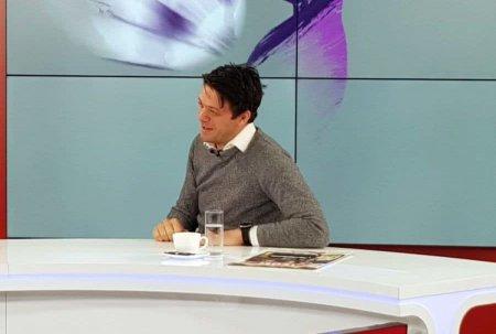Victor <span style='background:#EDF514'>ANGELESCU</span> la GSP Live » Urmareste emisiunea AICI