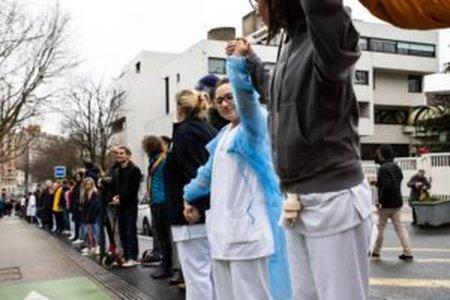 Medicii se pregatesc de proteste si greva: Nu suntem cobai! COVID arunca in aer toata Romania