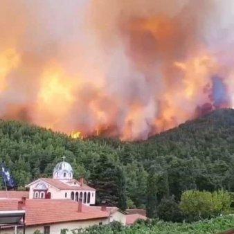 Incendii in Grecia - Flacarile se apropie de Atena