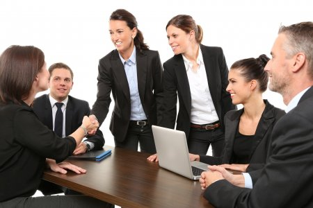 Studiu eJobs: Varsta, principalul obstacol la angajarea persoanelor de peste 45 de ani