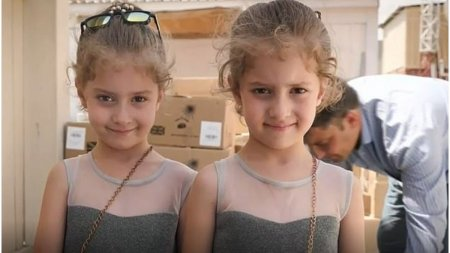 Agonie si extaz: Povestea fetitelor gemene care au reusit sa fuga din Afganistan si drama celor ramasi in urma