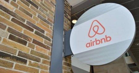 Airbnb va gazdui gratuit 20.000 de refugiati afgani. CEO-ul companiei: Este una dintre cele mai mari crize umanitare