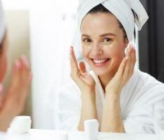Cauti cosmetice cu ulei de canabis? Pretul lor este acum redus cu pana la 40%