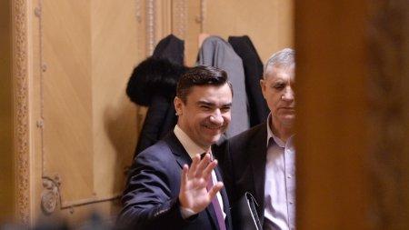 Primarul Mihai Chirica da dedicatii pe manele, la concertul lui Adi Minune de la Iasi
