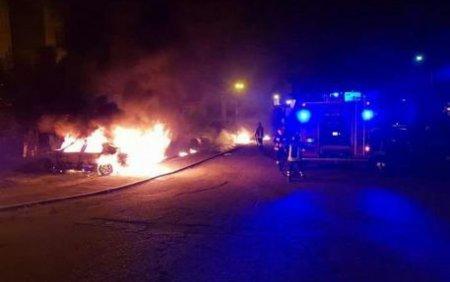 Un student arab din Iasi a dat foc la 4 masini pentru ca a fost privit in ochi. Instanta l-a iertat pentru ca i-a parut rau