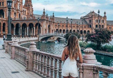 Atentionare MAE pentru calatoriile in Spania: <span style='background:#EDF514'>CODURI</span> portocaliu si galben de canicula, ploi torentiale, vant si furtuni