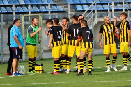 FC BRAȘOV - SR BRAȘOV 0-1. Tibi Ghioane, dupa calificarea in Cupa cu golul senzational al portarului: La noi, publicul e primul jucator, nu al 12-lea!