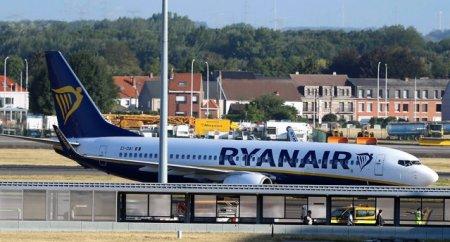 <span style='background:#EDF514'>RYANAIR</span> nu va mai opera zboruri catre Irlanda de Nord. De ce a luat compania aeriana aceasta decizie