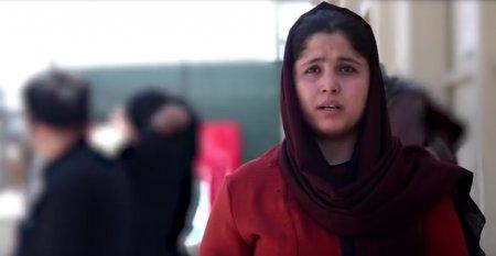 O femeie capitan in armata afgana, evacuata cu familia ei de <span style='background:#EDF514'>MILITARII</span> britanici: Prima provocare a fost sa iesim din casa