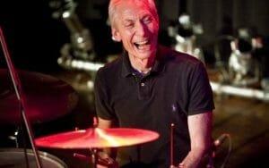 Charlie Watts de la Rolling Stones a murit. Membru al celei mai longevive formatii rock din lume, s-a stins la 80 de ani