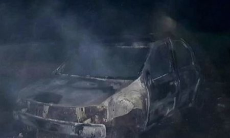 Giurgiu: Un sofer a turat masina pana a luat foc