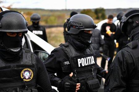 Interlop dus in pijamale la <span style='background:#EDF514'>AUDIERI</span>! Ce acuzatii ii aduc politistii lui Bebino, seful clanului Sportivilor