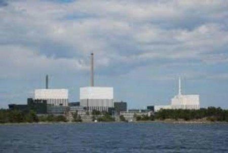<span style='background:#EDF514'>SUEDIA</span> risca o criza energetica majora daca nu decide in cateva zile ce face cu deseurile sale nucleare