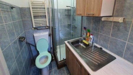 Oferta surprinzatoare in Bucuresti: Garsoniera ultracentrala de inchiriat cu bucataria in baie
