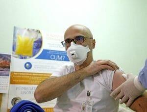 Este un fenomen «vaccinarea la chiu<span style='background:#EDF514'>VETA</span>». Ancheta la Timisoara, dupa acuzatii de vaccinare fictiva