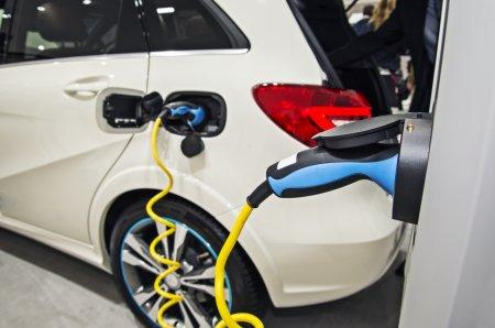E gata! Final pentru masinile pe benzina si motorina! Schimbare uriasa in Europa